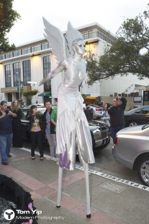 Ecstasy on stilts